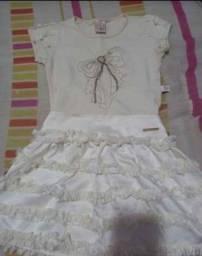 Título do anúncio: Conjunto infantil (saia e blusa)