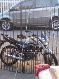 Vendo ou troco por moto 150 e quero uma volta