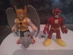 Bonecos do Flash é gavião