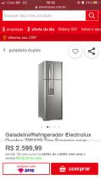 Geladeira eletrolux com agua na porta