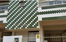 Vende-se apartamento no 2º andar em ótima localização no município de Piúma-ES