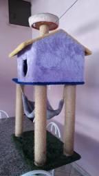 Arranhador e Casa de gato