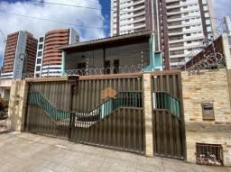 Casa com 4 dormitórios à venda, 221 m² por R$ 530.000 - Tirol - Natal/RN