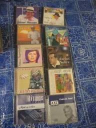 CDs originais e outros normais