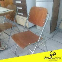 Cadeira de madeira com ferro de 99,99 por 49,99 cada
