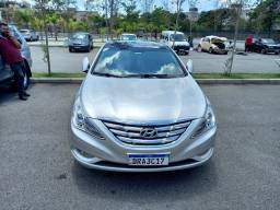 Hyundai sonata.2012