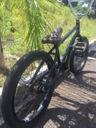BARBADA BMX TOP