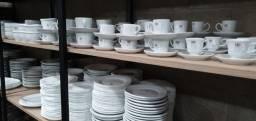 Xicaras de porcelana seminovas a partir de R$5,90