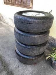 Rodas com pneus Hilux aro 16