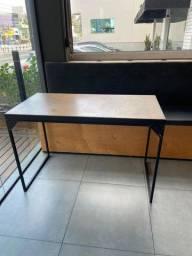 Vendo mesa estilo industrial de 4 lugares