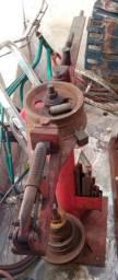Vendo máquina de dobrar ferro completa