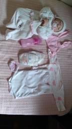 Vendo linda bebê reborn!!!!! Com preço barato