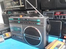 Título do anúncio: Rádio antigo CCE modelo CE-600