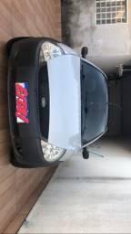 Ford ka GL 2005 COM PORTA MALAS ELÉTRICO