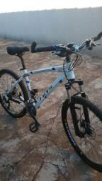 Bicicleta (bike) aro 26 - Deore - vendo ou troco por iphone