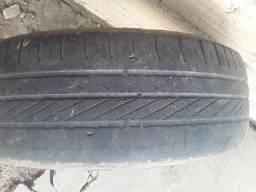 Vendo pneu 14 quebra galho 30 reais