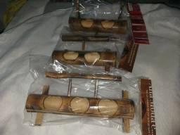 Comedor artezanal de bambu técnica japonesa  para coleiro , curió, trinca e etc...