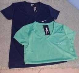 Camisetas femininas em promoção