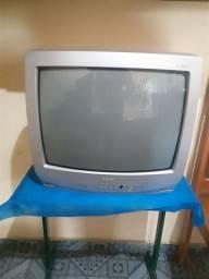 TV Semp com defeito