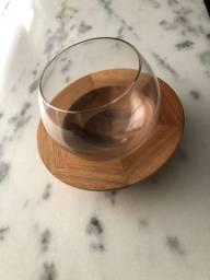 Bowl Design de vidro com suporte em madeira maciça