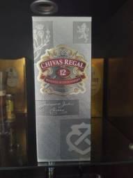 Whisky Old par e Chivas 12 anos