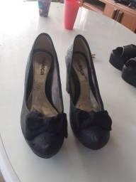 Título do anúncio: Sapatos moleca 36