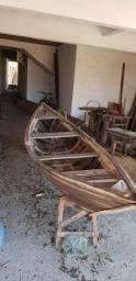 Canoa/bote a remo.