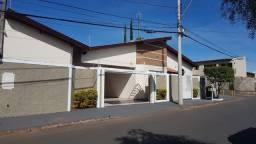 Oportunidade!! Vendo ótima residência no Alto Paraíso, 3d(1 suíte)