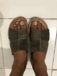 Sandália de couro 50$