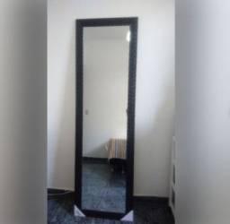 Espelho grande e novo