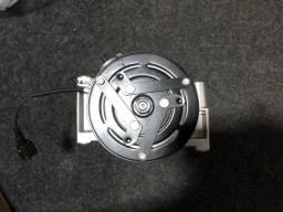 Compressor do ar condicionado Sandero e logan motor 1.0 3cil. Correia 3pk
