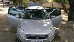 Fiat Linea 1.8 essence dualogic - 2015