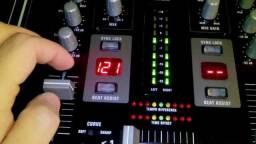 Mixer Behringer VMX 100