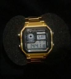 Relógio TUGUIR Original. A prova D'água. Usado 2 vezes.