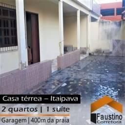 Casa térrea completa com quintal, 02 quartos, na praia de Itaipava!