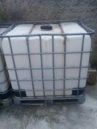 Caixa de mil litros