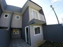 Ótimo sobrado à venda no bairro Tatuquara, com dois quartos, sala, cozinha independente, l