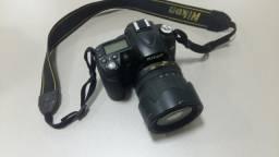 Câmera Digital Nikon D90 com lente 18-105