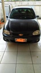 Carro chevrolet/classic preto * - 2010