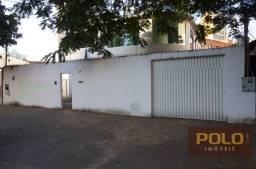 Casa sobrado com 5 quartos - Bairro Setor Central em Goiânia