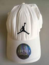 Boné Nike Air Jordan branco