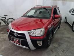 Toyota Etios 2015 Cross 1 mil de entrada Aércio Veículos jfc