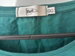 Blusas G e Gg por 10 reais