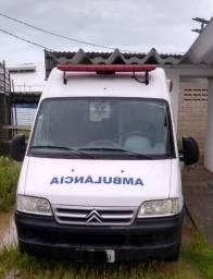 Ambulância UTI Jumper Citroen Teto Alto - Diesel 2014