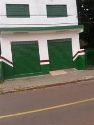 Sobrado com 2 Aptos - 1 Salão Comercial - 1 Casa. R$ 400.000,00