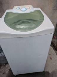 Máquina de lavar Consul (funcionando normal, porem sai agua um pouco por baixo)