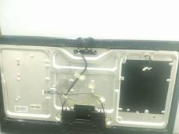 Tela de TV Samsung 46 boa porém sem as placas