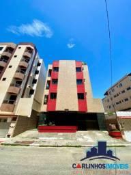 Apartamento de 2 quartos na Praia do Morro com área lateral externa