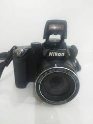 Câmera semi profissional Nikon coolpix p 500