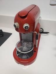 Cafeteira Nespresso Maestria Rosso 110v